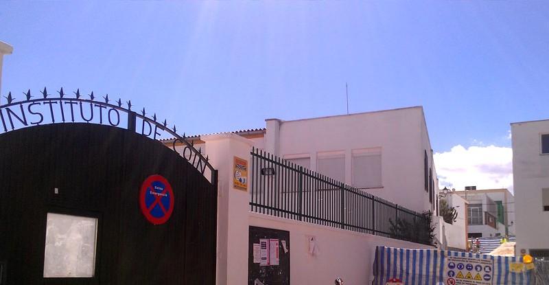 nuevo acceso a la calle Urbano Pineda